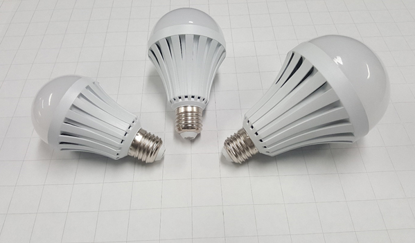 Regular NanoSmart Light Bulbs with E27 Connectors