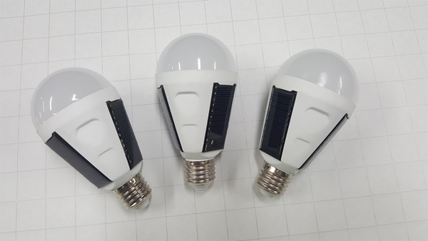 Sample Solar NanoSmart Light Bulbs
